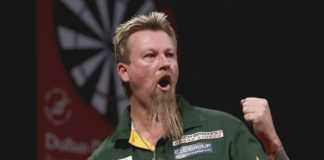 Simon Whitlock Perth Darts Masters 2015