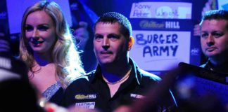 Gary Anderson favoriet in finale tegen Adrian Lewis WK Darts 2016