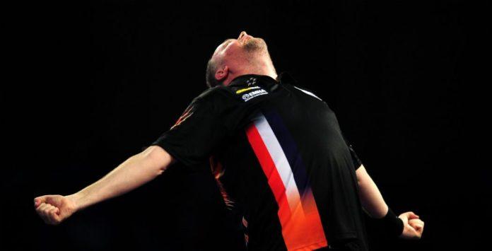 Raymond van Barneveld - Danny Noppert Grand Slam of Darts live GEtty
