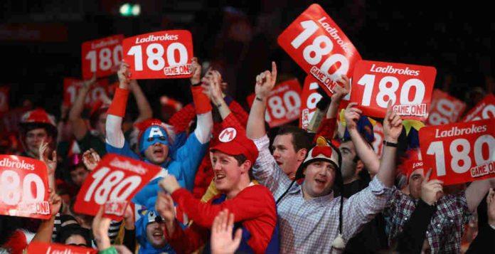 Halve finale WK Darts 2020: Michael van Gerwen - Nathan Aspinall