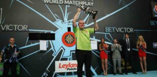 Michael van Gerwen winnaar World Matchplay Darts 2016 Getty