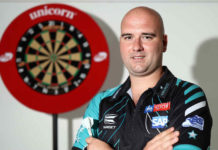 Darts: Michael van Gerwen kan op EK Darts Rob Cross inhalen op jaarlijst | Getty