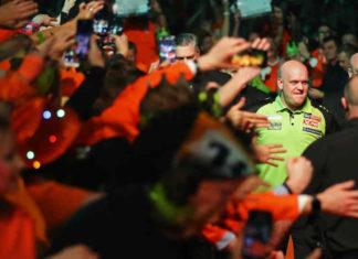 World Cup Darts 2019 Michael van Gerwen Jermaine Wattimena tegen Spanje   Getty