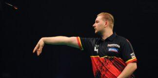 Dimitri Van den Bergh - Jonny Clayton strijden om laatste play-offs ticket